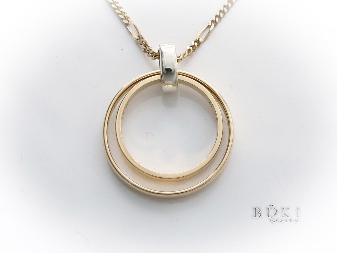 hängsmycke-18k-guld-omarbete-från-släta-ringar