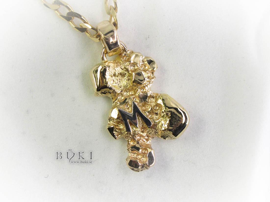 herrsmycke-i-18k-guld-med-bokstav