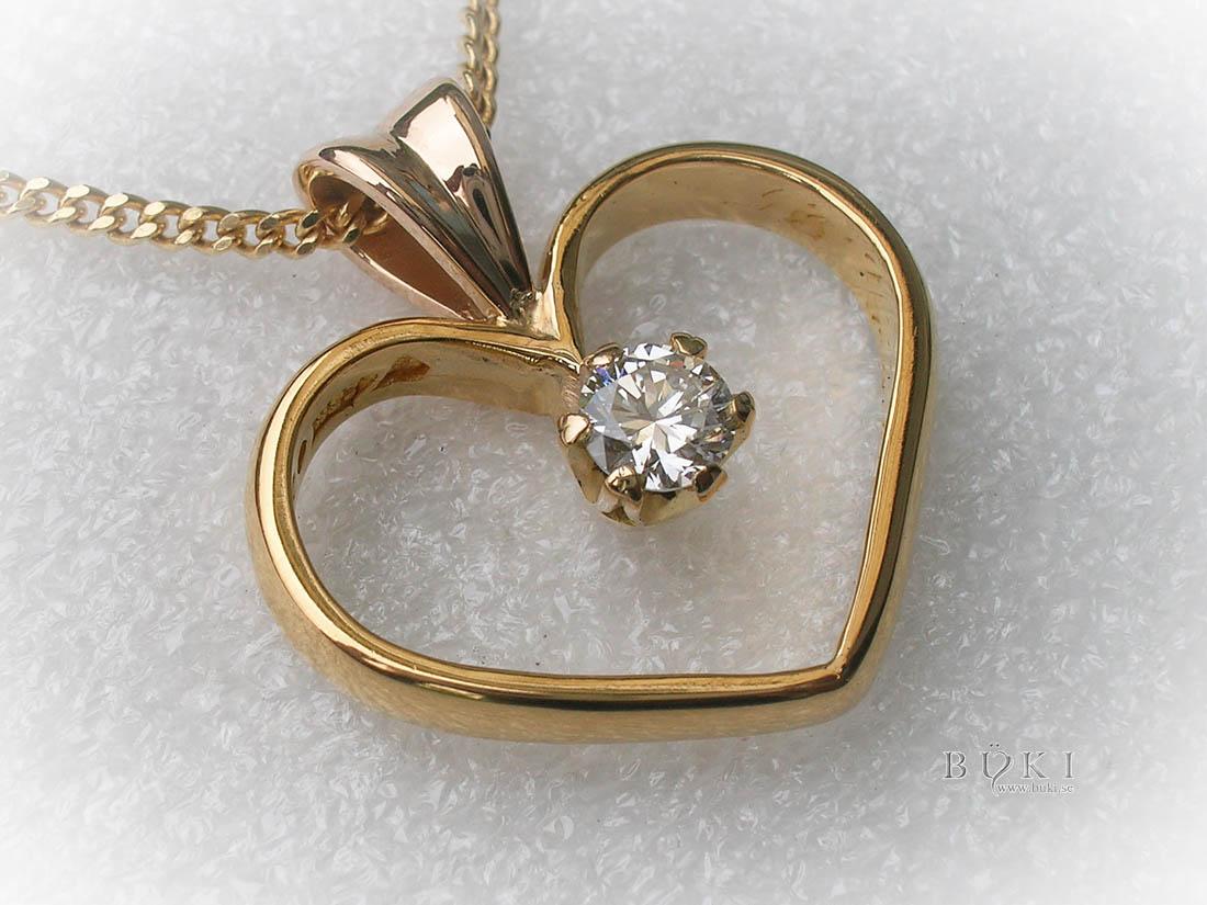 hängsmycke-23k-guld-hjärta-omarbetning-från-slät-ring-och-enstensring
