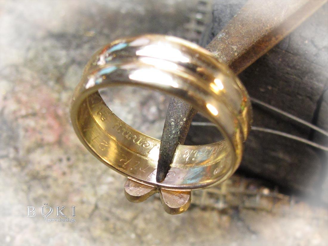 omarbeta-ringar-i-18k-guld-med-gamla-diamanter-till-hjärt-ring